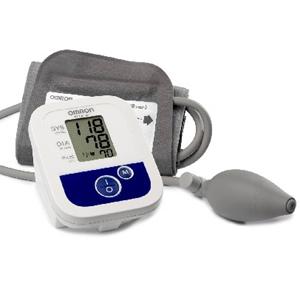 Pumpás vérnyomásmérő