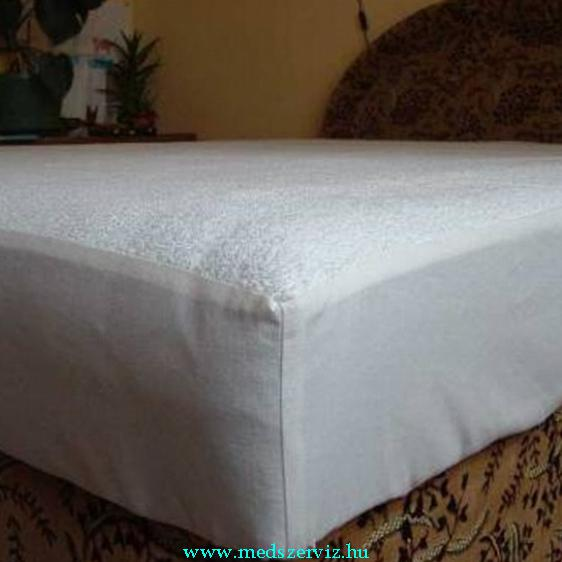 Vízhatlan matracvédő lepedő gumírozott széllel