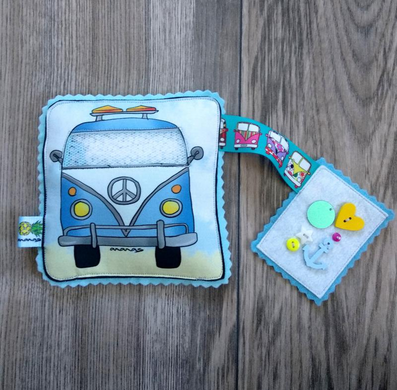 Kék busz spybag