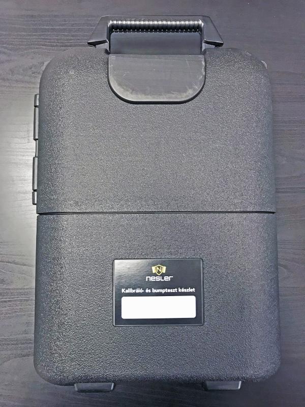 Kalibráló gázpalack szállító bőrönd