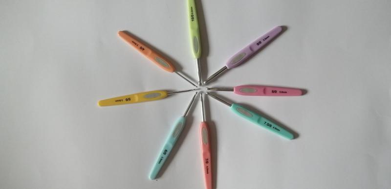 Horgolótű gumibetéttel- 3 mm
