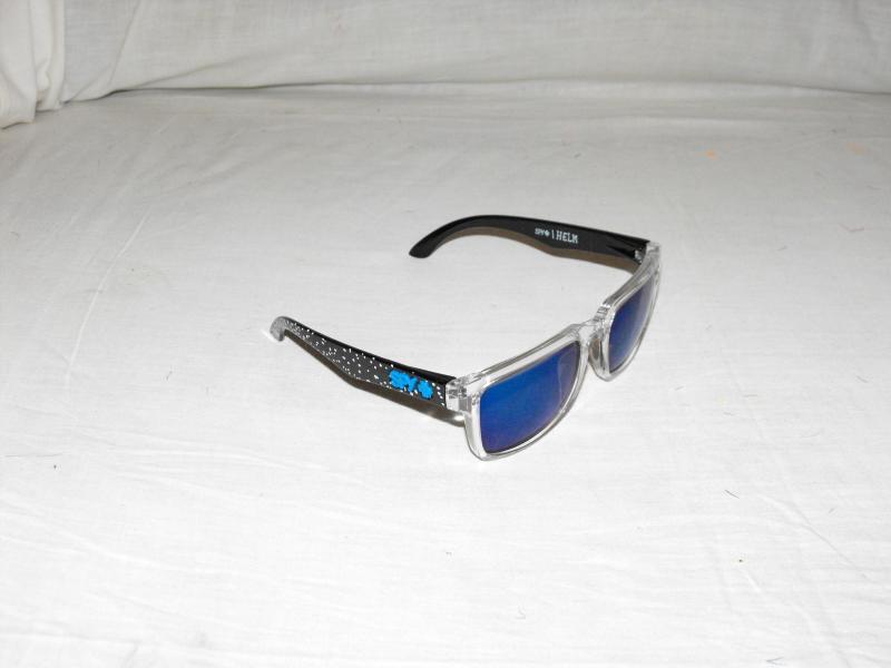Ken block napszemüveg átlátszó fekete fehér pöttyös