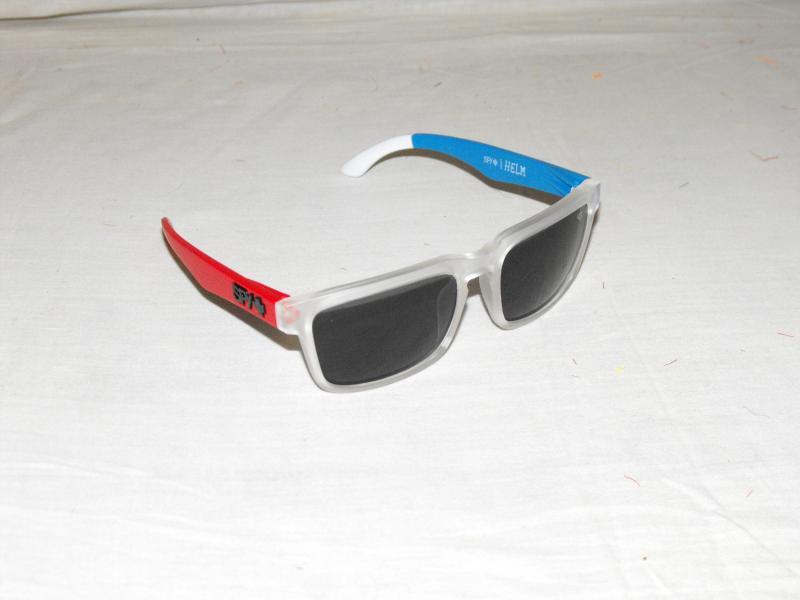 Ken block napszemüveg piros kék áttetsző