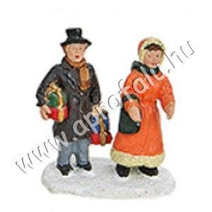 Pár ajándékokkal (narancs kabát) 4 cm