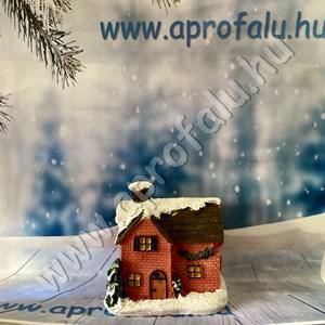 Karácsonyi falu házikó KÖZEPES 2