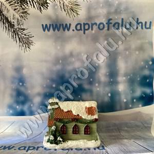 Karácsonyi falu házikó KÖZEPES 4