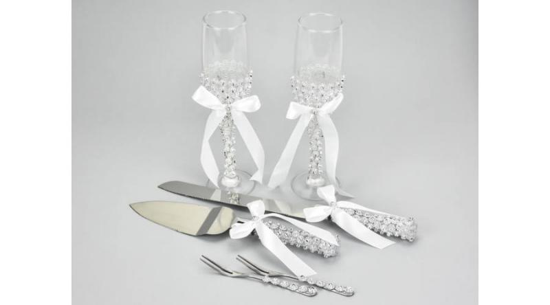 Esküvői pohár szett + tortakészlet strasszos