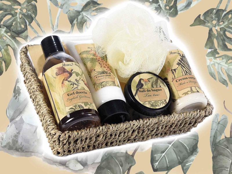 Szépség kosár - Tusfürdő, lábápoló, testápoló, fürdősó + ajándékkosár