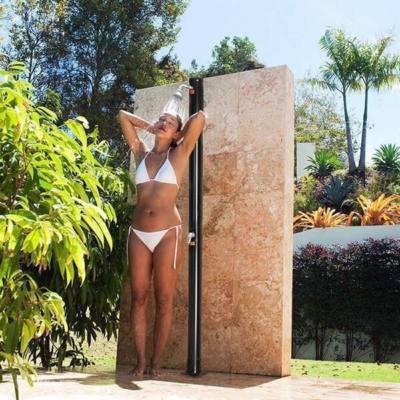 Szolár kerti zuhany