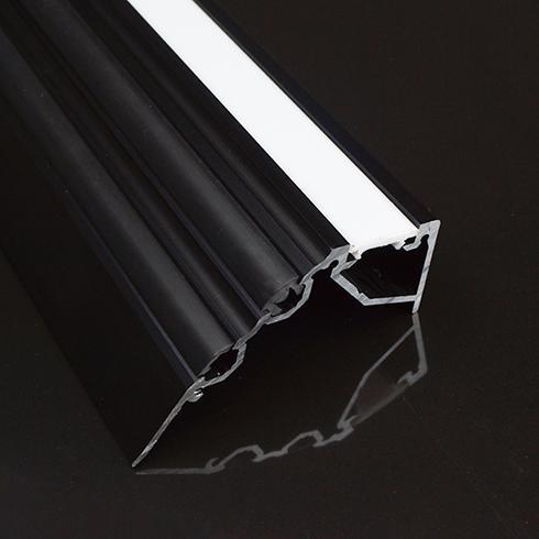 Alumínium lépcső profil LED szalaghoz Scala opál-fekete