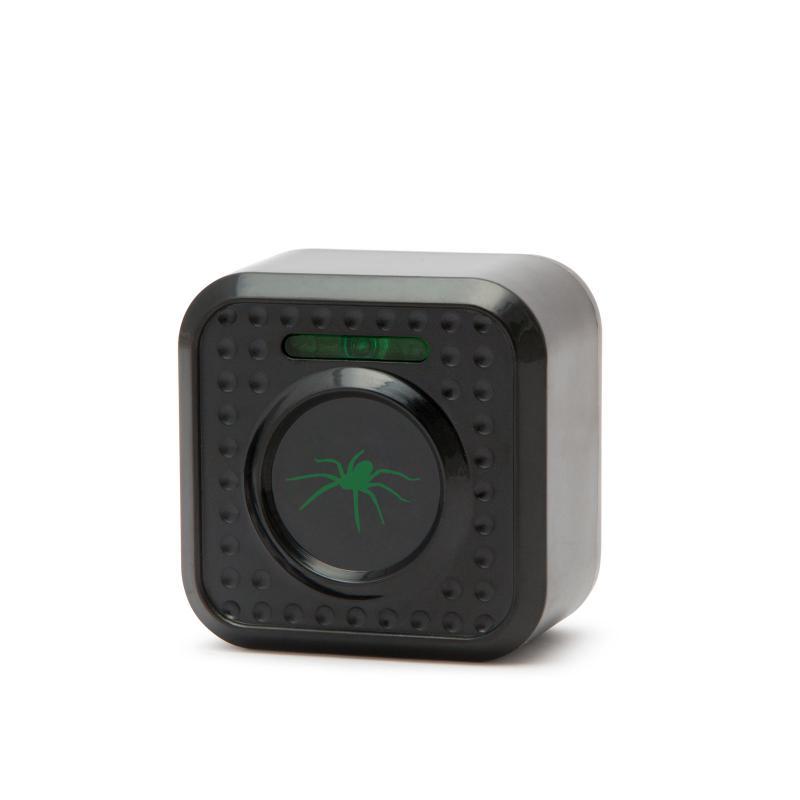 Elektromos pókriasztó LED visszajelzővel