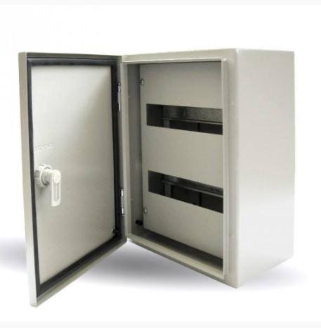Fémszekrény Maszkolt SKYBOX 400X300X200 24 modul
