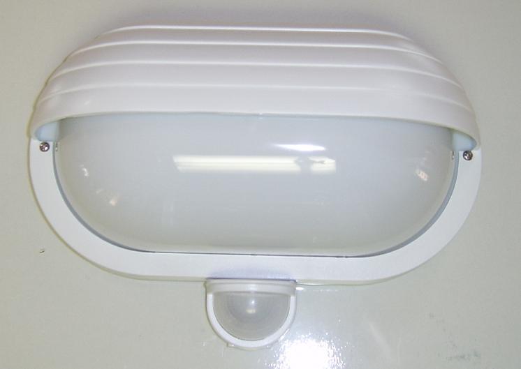 Homlokzati lámpatest mozgásérzékelővel