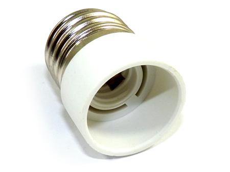 Lámpa foglalat átalakító E27-E14