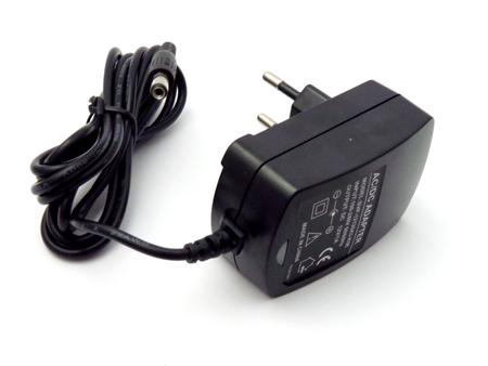 Led adapter 12V 12W dug.