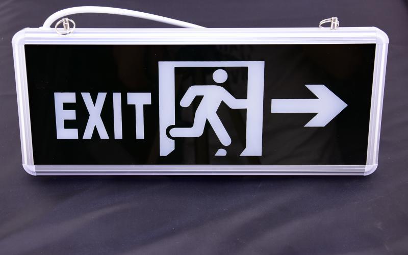 Led vészvilágító kijárati lámpatest  függeszthető 3W exit+ábra