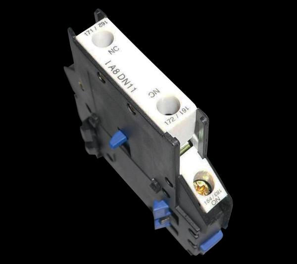 Mágneskapcsoló segédérintkező oldalsó 1Z+1NY