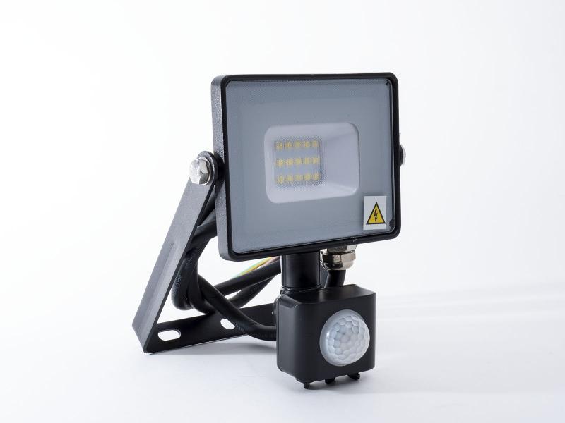 Mozgásérzékelős Samsung LED reflektor Meleg fehér 10W/100° IP65