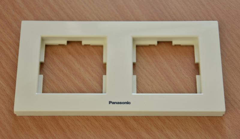Panasonic Karre Plus 2-es sorolókeret vízszintes bézs