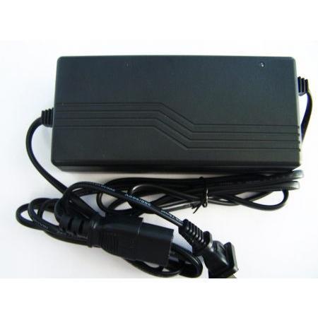 RT05 3630 36V 3A akkumulátor töltő Euro [RT05 3630]