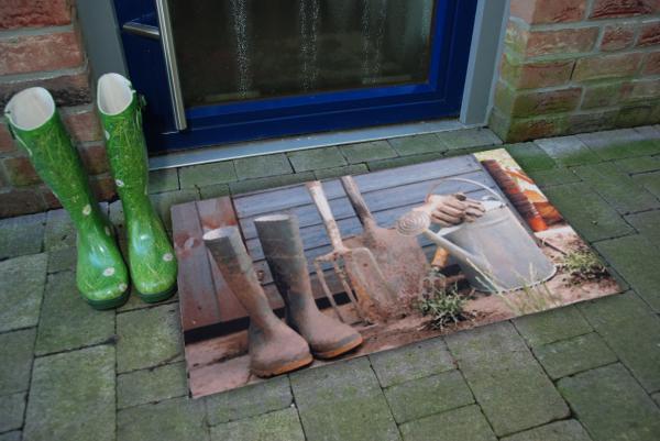 Gumi lábtörlő kerti szerszámos