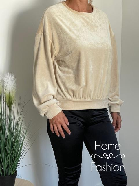 Pihe puha bársony pulóver Krém