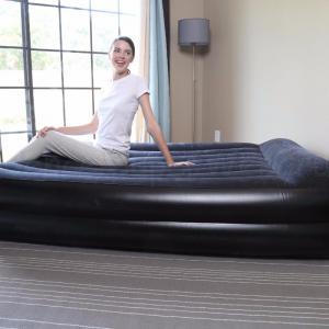 2 személyes Komfort felfújható ágy, 203 x 152 x 46 cm