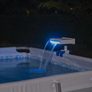 Vízesés medencéhez, LED világítással