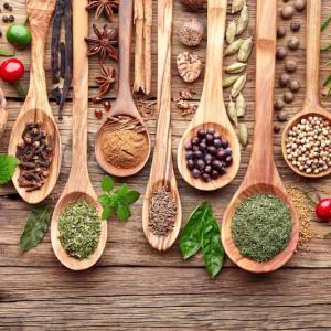 Fűszerek, ízesítők, algák
