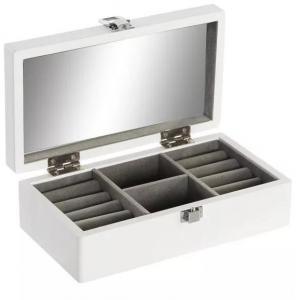 TÁSKA, neszesszer, esernyő