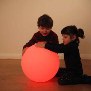 Színváltó labda, nagy