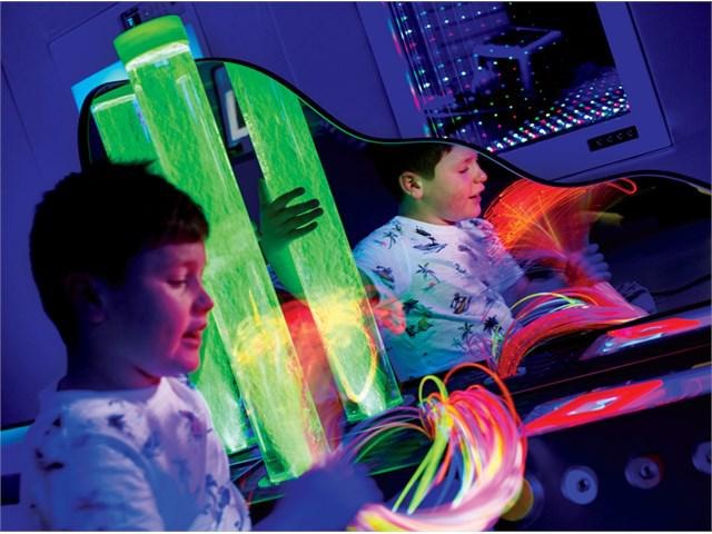 UV Szenzoros Központ