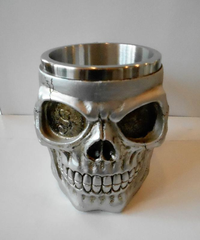 koponya söröskorsó ezüst koponya forma