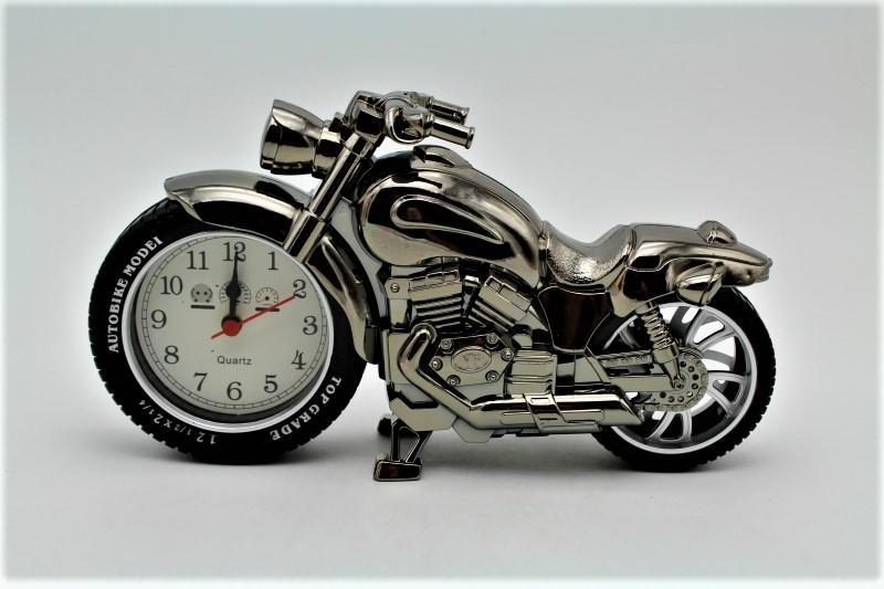 motor óra aztali