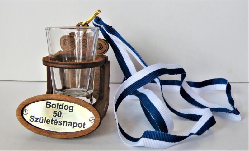 nyakba akasztható stampós pohár boldog 50. születésnapot