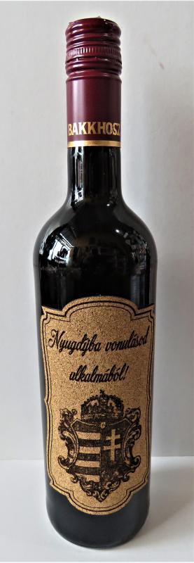 nyugdíjba vonulásra farafacímkés bor
