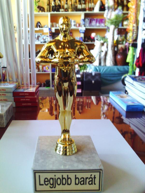 Oscar szobor, díj, trófea a legjobb barát