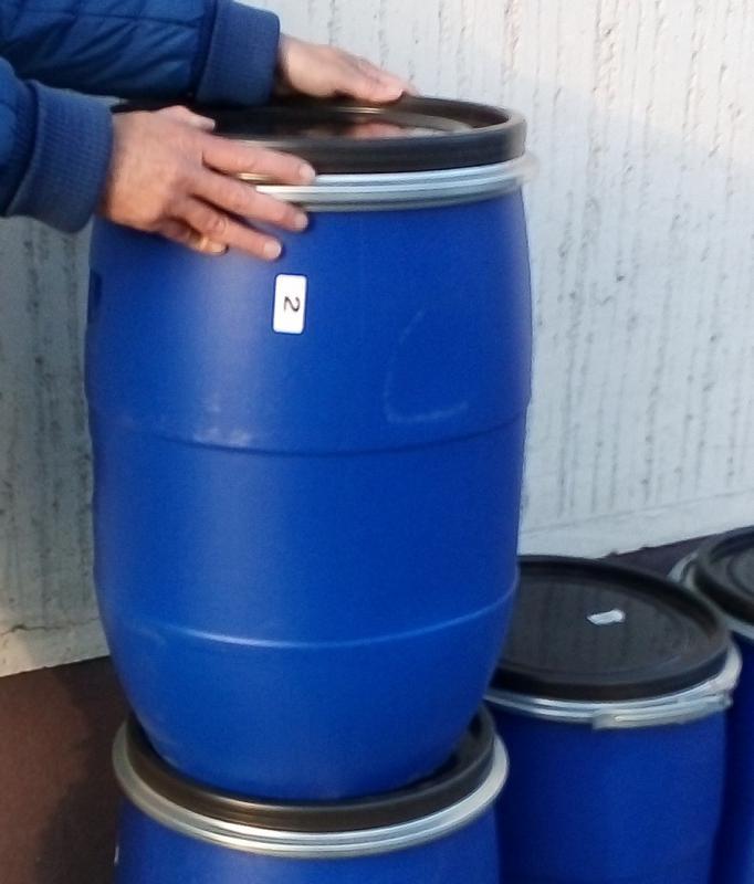 Műanyag hordó 60 l-es ballon Bilincses tetővel fehér szín