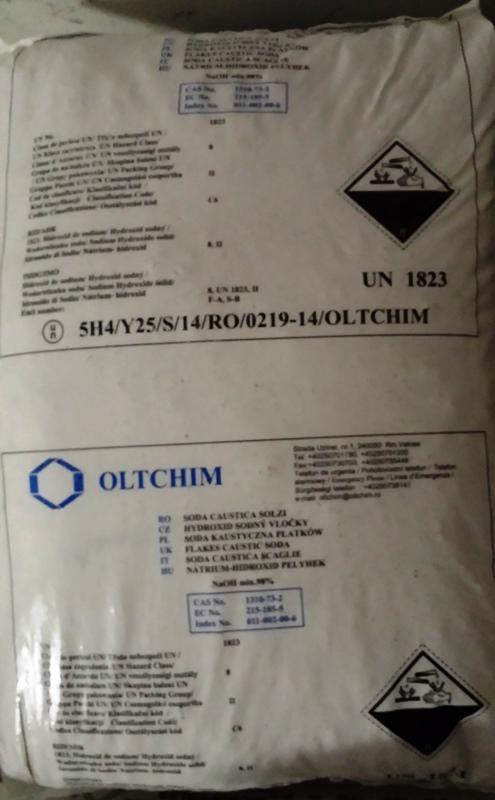 Nátrium-hidroxid pikkelyes NaOH /Lúgkő/ 25 kg zsákban Ar /1 kg
