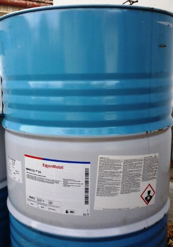 Paraffin olaj 180 kg gyógyszerkönyvi fém hordóban