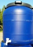 Műanyag hordó 100 L-es ballon 42 cm-es csavaros tetővel, csap külön rendelhető.