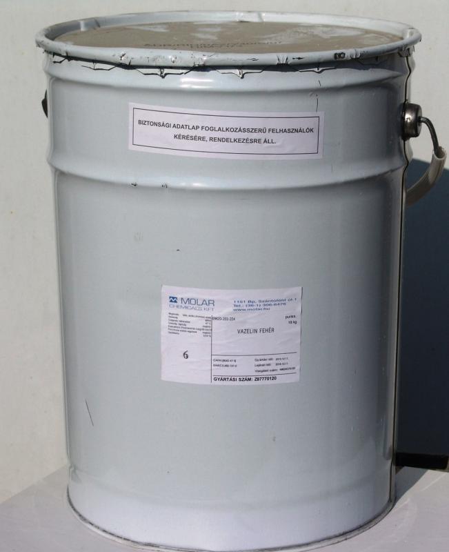 Vazelin fehér gyógyszerkönyvi minőség 20 kg-os hordóban. ár/1 kg