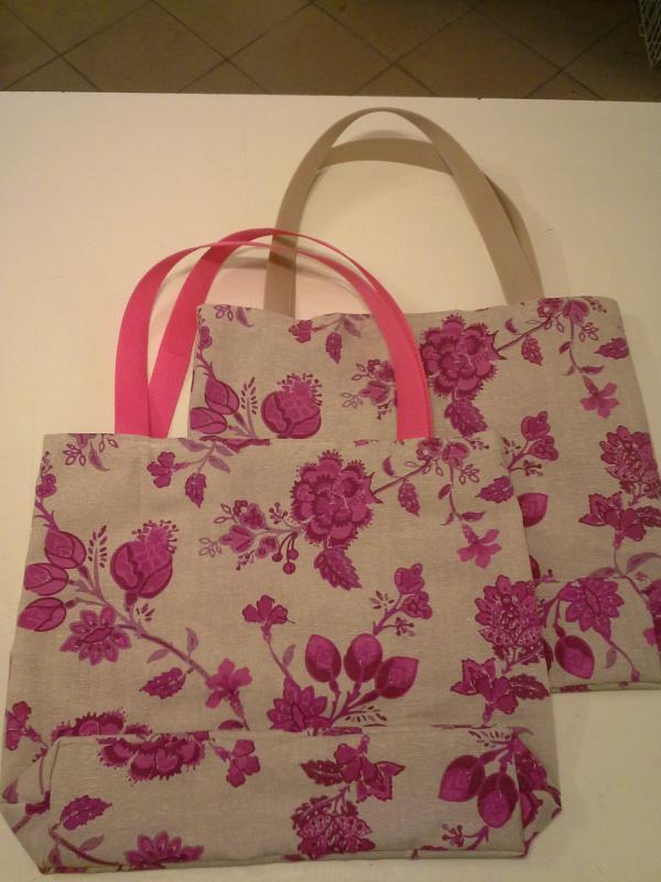Pink-bézs virágos erős vászon táska - kavalkad.superwebaruhaz.hu fb3c3e6c3b