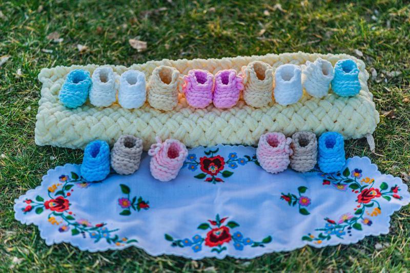 baba cipő horgolt