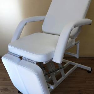 Pedikűr szék, Fehér