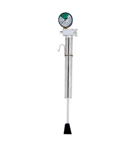 Pumpa tömlős úszófedélhez nyomásmérővel