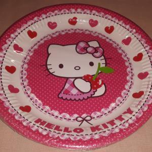 Papír tányérok