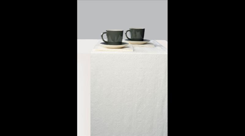 AMB.13604925 Elegance white dombornyomott papír asztalifutó 33x600cm