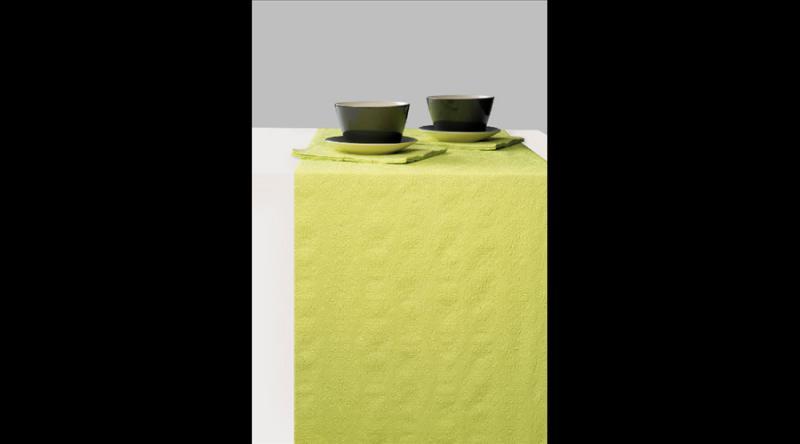 AMB.13604931 Elegance light green dombornyomott papír asztali futó 33x600cm