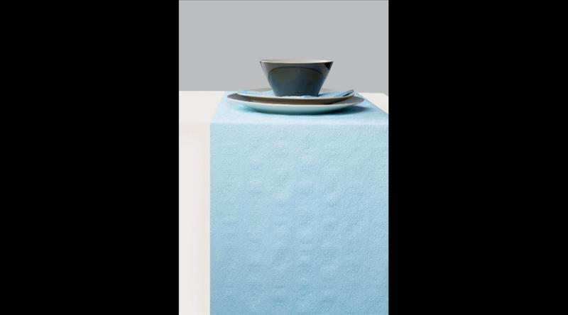 AMB.13605508 Elegance light blue dombornyomott papír asztali futó 33cmx600cm